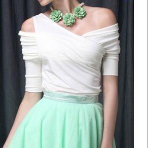 White Elegant Cotton-blend Short Sleeved Top